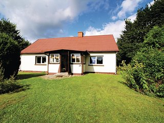 Awesome home in Gardna Wielka w/ 2 Bedrooms