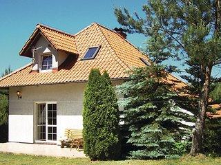 Stunning home in Szteklin w/ 3 Bedrooms