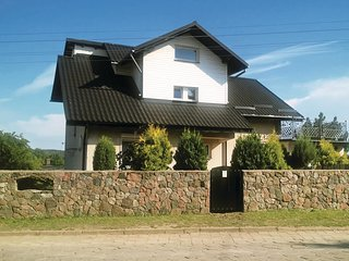 Beautiful home in Chmielno w/ WiFi and 5 Bedrooms
