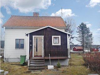 Nice home in Bjurholm w/ 3 Bedrooms