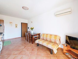 Awesome home in Castelsardo SS w/ 2 Bedrooms