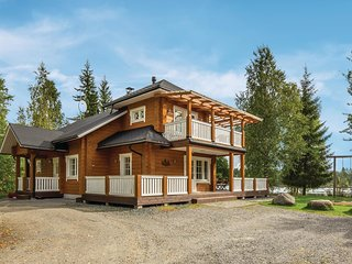 Nice home in Nykala w/ Sauna, WiFi and 3 Bedrooms