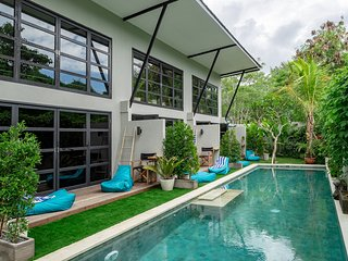 #2 Brand New Luxury Loft in Canggu Walk to Beach