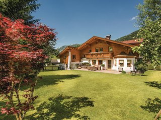 Nice home in Dorfgastein w/ WiFi and 2 Bedrooms