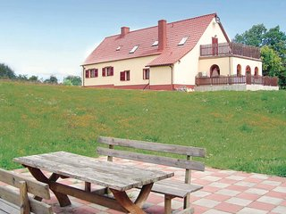 Nice home in Nowe Worowo w/ Sauna, WiFi and 5 Bedrooms