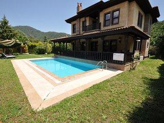 Cleopatra Villas Camli village daily weekly rentals