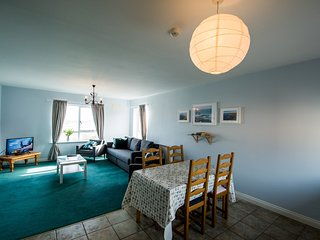 Cosy Two Bedroom Beach Apartment - Bundoran Apartments