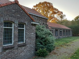 Stokershorst Four Bedroom 2, holiday rental in Heythuysen