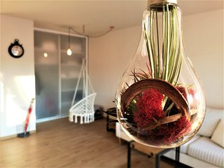 Ruby Globe Apartment