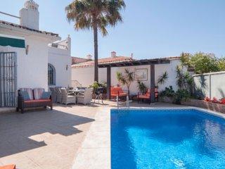 Villa Pandora, very private, sleeps max 8, walk to beach and to Puerto Banus