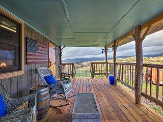 NEW! Marshall Cabin on 25 Acre Farm & Vineyard!