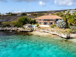 VILLA SHORES 32, BONAIRE; Private Stunning Oceanfront Villa with Swimming Pool