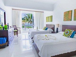 SEAWINDS Aparta Hotel, 1BRD oceanfront