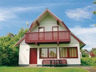 Nice home in Kirchheim w/ 3 Bedrooms (DHE180)