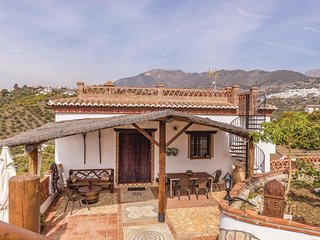 Awesome home in Frigiliana w/ Internet, Outdoor swimming pool and 3 Bedrooms