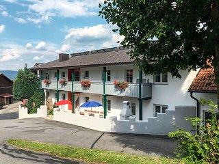 Haus Mei-Zeit (EGL122)