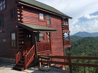 Escape to The Preserve w/ awesome views, Mtn Frame of Mind has it all!  Games, p