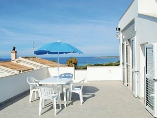 Amazing home in Oristano OR w/ WiFi and 4 Bedrooms