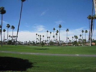 CE47 - Rancho Las Palmas Country Club - 2 BDRM Plus Den - 2 BA