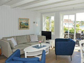 Nice home in Flekkerøy w/ WiFi and 3 Bedrooms (N36328)