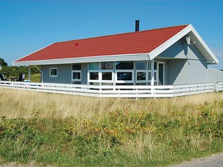 Awesome home in Rømø w/ Sauna and 3 Bedrooms (R10265)