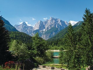 Awesome home in Kranjska Gora w/ WiFi and 3 Bedrooms