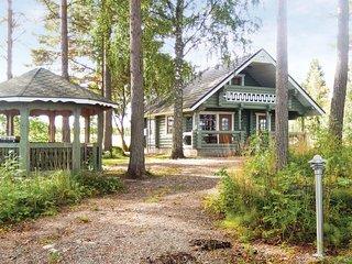 Beautiful home in Vesijako w/ Sauna and 2 Bedrooms