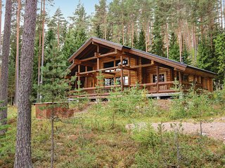 Stunning home in Asikkala w/ Sauna, WiFi and 4 Bedrooms