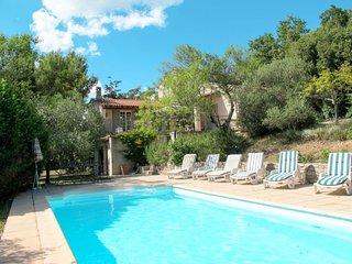 Ferienhaus mit Pool (ROB100)