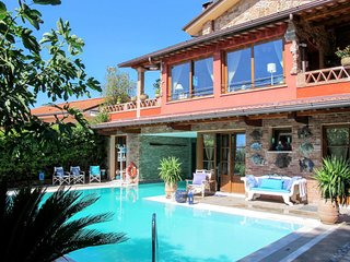 Villa Capo Corso (COS240)