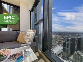 A Cozy CBD Apartment with the Best City Views