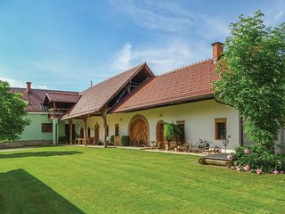 Nice home in Ljutomer w/ WiFi and 2 Bedrooms