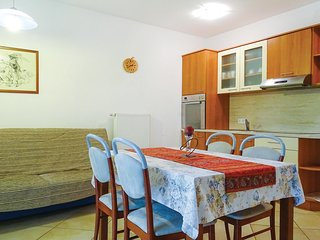 Beautiful home in Stari trg ob Kolpi w/ WiFi and 2 Bedrooms (SSE106)