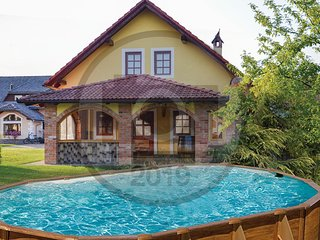 Beautiful home in Gradac w/ WiFi and 3 Bedrooms