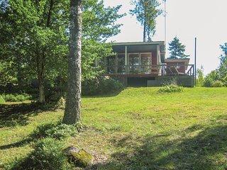 Stunning home in Vastila w/ Sauna, WiFi and 3 Bedrooms