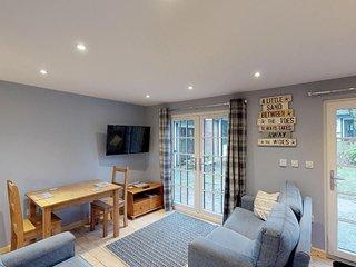 41 Tudor Court, Tolroy Manor - 41 Tudor Court - modern 2 bedroom holiday chalet