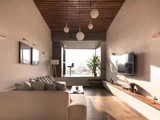 A & A Penthouse Apartment