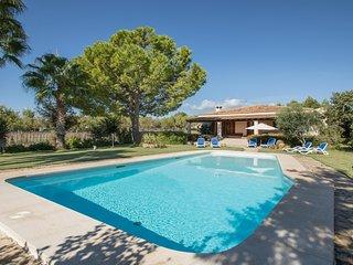 Rubiols - Hübsches Haus mit Pool und Garten