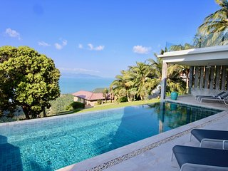 Amazing Sea View Baan Paradise