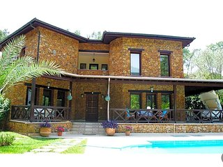 3 bedroom Villa with Pool and WiFi - 5777840