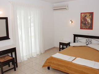 Sea View Hotel - 2 Bedroom Apartment