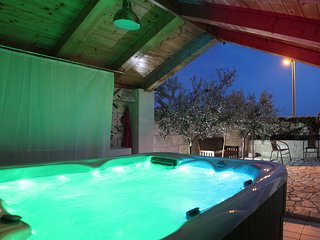 Holiday home Villa Alissa - Four Bedroom House with Jacuzzi and Sea View