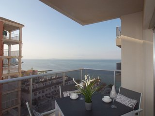 Lovely apartment with sea views