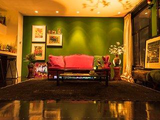 Stieglitz Suite. Een prachtige loft aan een idyllische gracht in Amsterdam