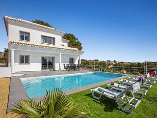 Villa Vallesa - Modern villa (new construction) with private pool in Calpe