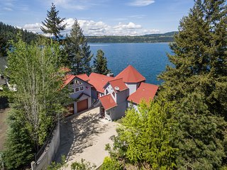 Lakefront Home w/Pvt Dock in Coeur d'Alene Area!
