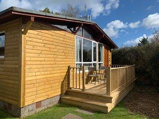 Daisy Corner, Cedar Wood Chalet, Seaton, Devon