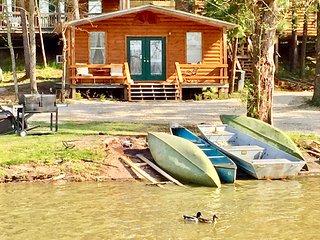 Waterfront Cabin #2 on Lake Livingston Texas