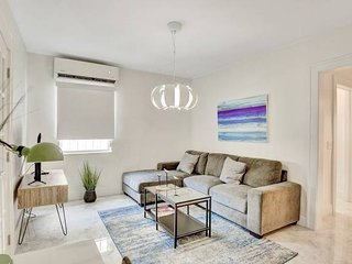 Miami Design District Modern 2BR #103
