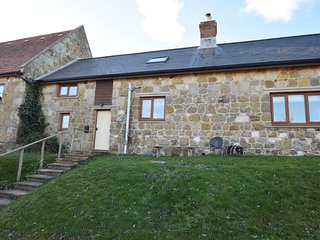 74209 Cottage situated in Shorwell (1ml SE)